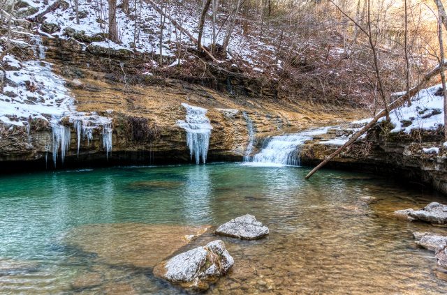 On the Trail of the Walls of Jericho in Alabama
