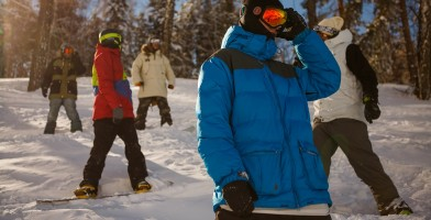 an in-depth review of the best snowboard gloves in 2018