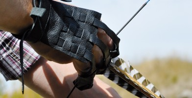 An in depth review of the best archery gloves in 2018